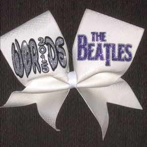 Beatles Worlds Bow (2015)